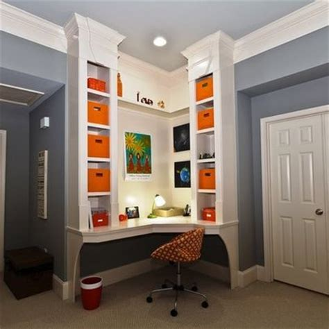corner desk with built in shelving spaces