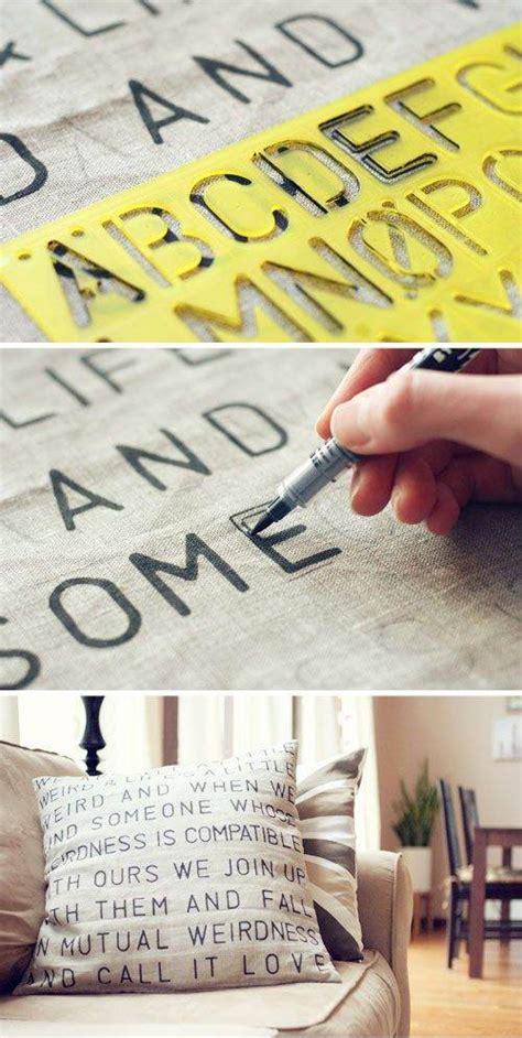 creare parole con lettere alcune idee per personalizzare cuscini in stile shabby