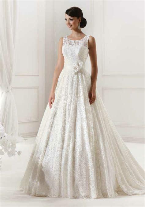 Hochzeitskleid Mit Spitze by Hochzeitskleider Mit Spitze M 228 Rchenhafte Hochzeitsfeier