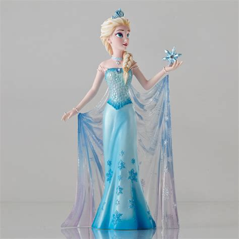 disney showcase frozen elsa couture de force figurine
