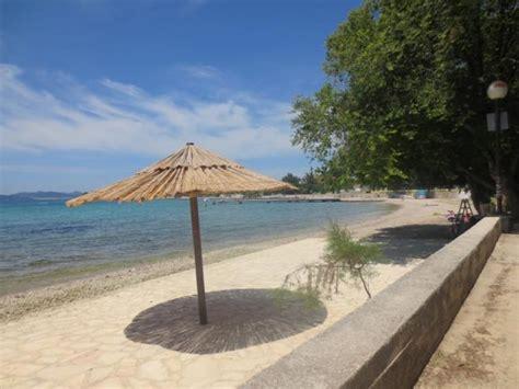 paddle boat zadar sukosan apartments antonija hotels vacations private
