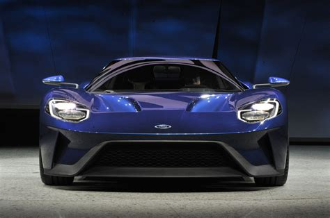 2017 ford gt to be built in limited numbers photo