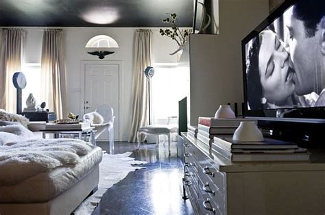 hollywood bedroom how to decorate with an old hollywood style