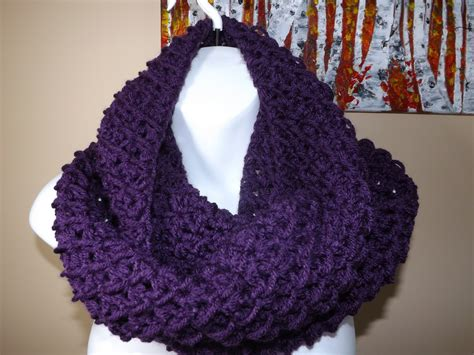 crochet circle or infinity scarf