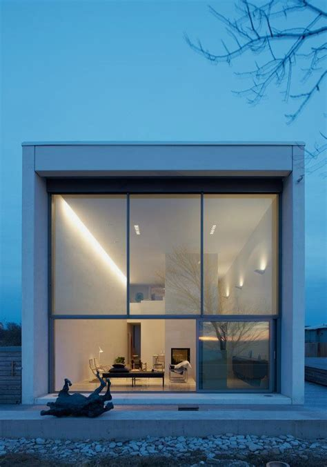 simple  modern house  white box shape widlund house