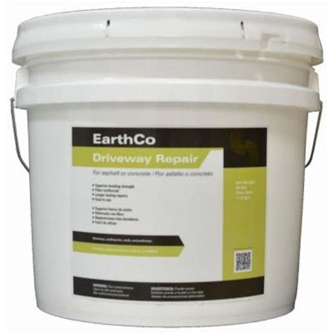 earthco 26 lb driveway repair and blacktop patch 022