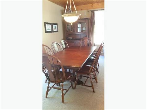 Maple Dining Room Set Used Solid Maple Dining Room Set Saanich Mobile