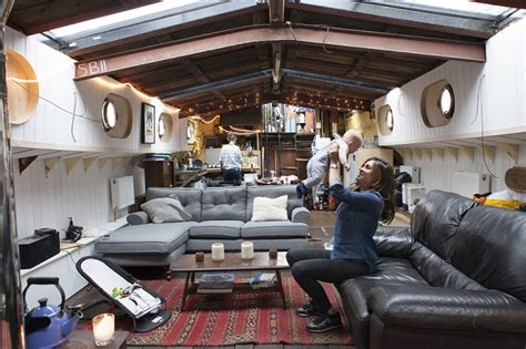 houseboats to live in what it s like to live in a houseboat on the river thames