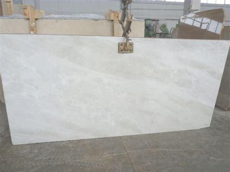 best 25 super white quartzite ideas on pinterest best 25 quartzite countertops ideas on pinterest