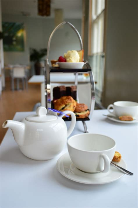 tea for two bathtub tea for two with prosecco at the thermae bath spa