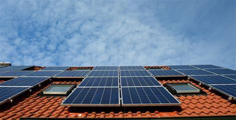 Installer Un Panneau Solaire by Devis Pour Installer Des Panneaux Solaires