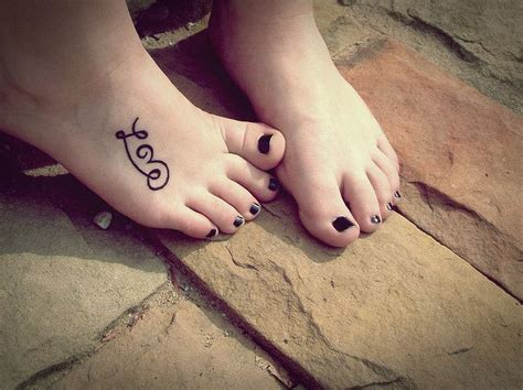 tattoo placement foot 35 outstanding foot tattoo designs