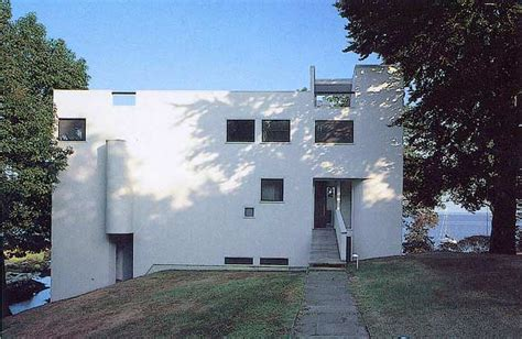 the smith house by richard meier in darien ct photograph