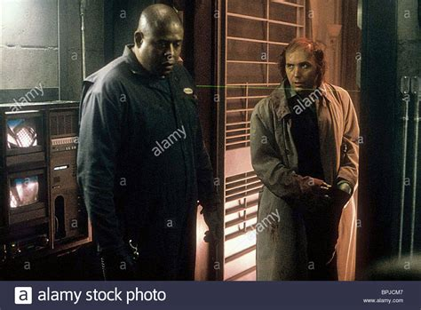 forest whitaker panic room forest whitaker dwight yoakam panic room 2002 stock photo royalty free image 31137911 alamy