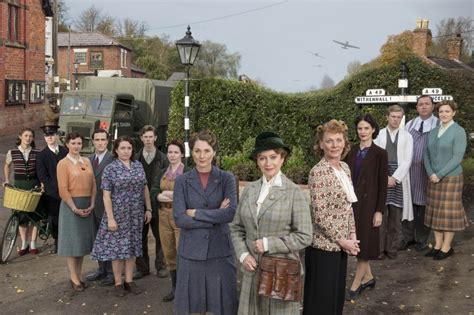 Tom To In World War Ii Drama by Itv S New World War Ii Drama Home Fires Will Fill In That