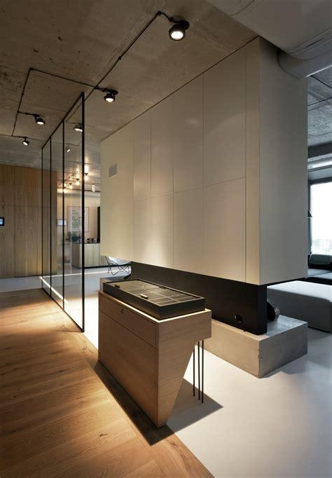penthouse  concrete ceiling   glass wall windows