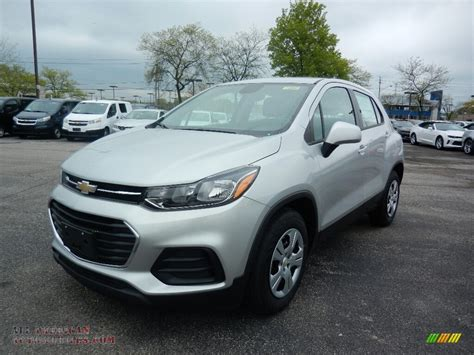black and silver bedside ls 2017 chevrolet trax ls in silver ice metallic 242405
