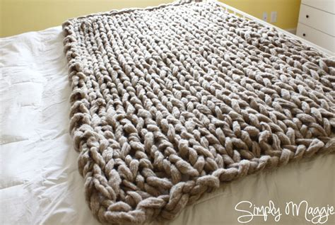 how to arm knit a blanket arm knit a blanket in 45 minutes by simply maggie