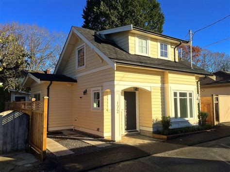 House Design Vancouver Buttercup Laneway House In Vancouver Small House Bliss