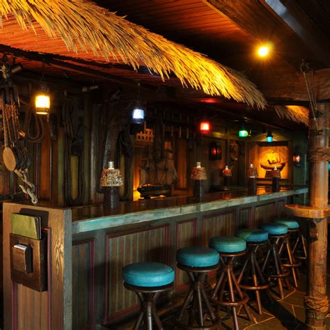 Tiki Bar Top by 11 Best Tiki Bars Coastal Living
