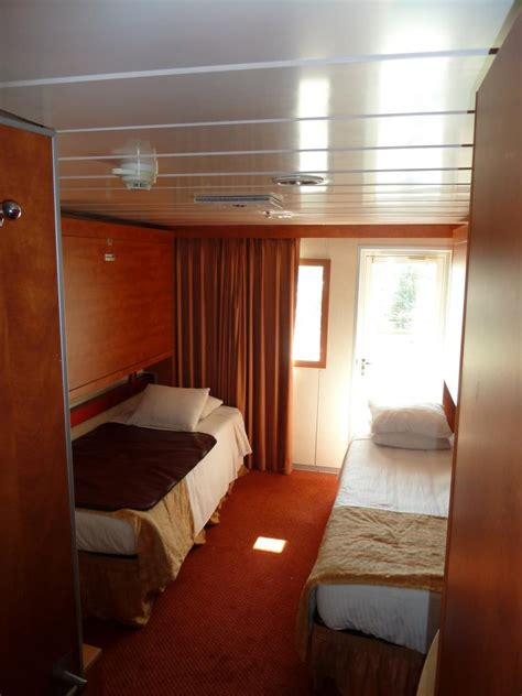 Carnival Cabin Reviews by Carnival Ecstasy Cruise Review For Cabin E86