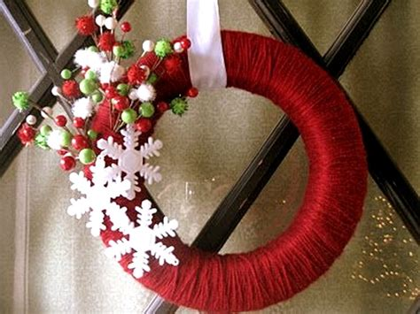 How To Make Handmade Wreaths - attractive diy outdoor decorations pink lover
