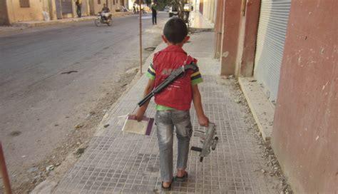 imagenes fuertes de la guerra en siria fotos los ni 241 os que huyen de la guerra en siria