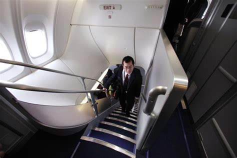 boeing 747 interno ecco il boeing l aereo pi 249 lungo mondo