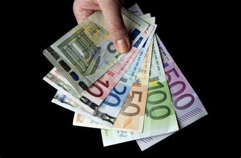 Musterbrief Bearbeitungsgebühren Banken Verbraucherzentrale Volksbank Reagiert Auf Bgh Entscheidung Bearbeitungsgeb 252 Hr Zur 252 Ck Und Gek 252 Ndigt Wirtschaft