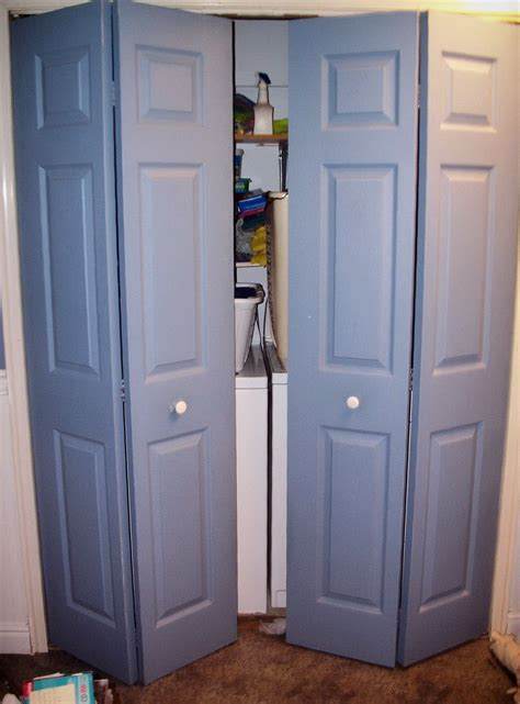 Standard Size Closet Doors Standard Size Of Water Closet Home Design Ideas