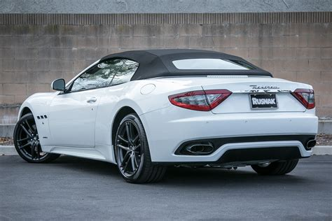 maserati white 2016 2016 maserati granturismo convertible photos informations
