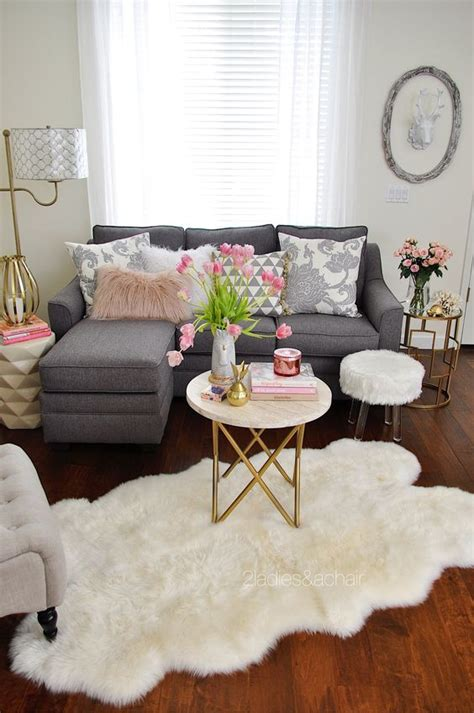 Small Home Decorating Tips 35 Ideas For Decorating A Small House