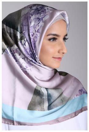 Jilbab Kerudung Segiempat Satin Motif Abstrak trend terbaru modern segi empat satin motif