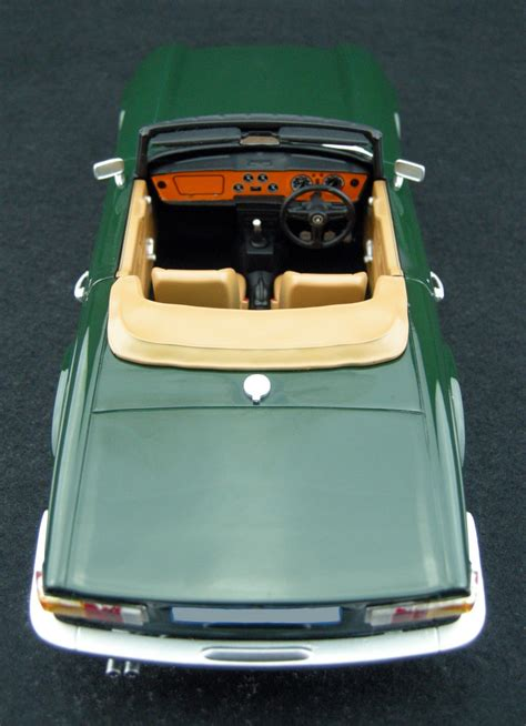 Collectible Ls by Ls Collectibles Triumph Tr6 Pre Order 1 18 Green Ls002a