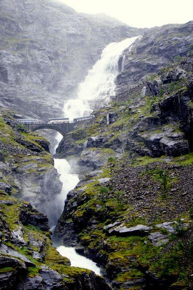 foto s van de magnifieke noorse fjorden - Fjord Zout Water