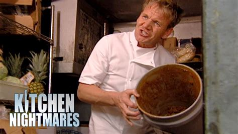 kitchen nightmares gordon ramsay served risotto that s stuck to the plate