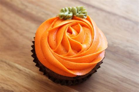 fall decorated cupcakes top 10 diy cupcake fall decorations top inspired
