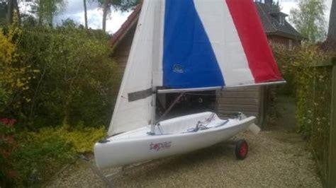 1 persoons zeilboot mooie topper topaz 1 of 2 persoons zeilboot alu trailer