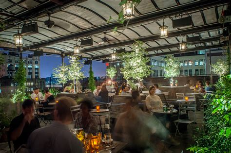 new york top rooftop bars summer drinks in nyc rooftop bars outdoor parties and