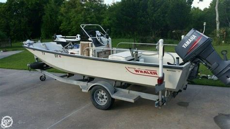 boston whaler center console 1987 used boston whaler 17 montauk center console fishing