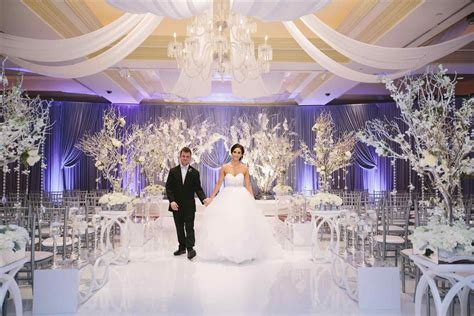 winter wonderland swing s s winter themed wedding ceremony wonderland inspriation