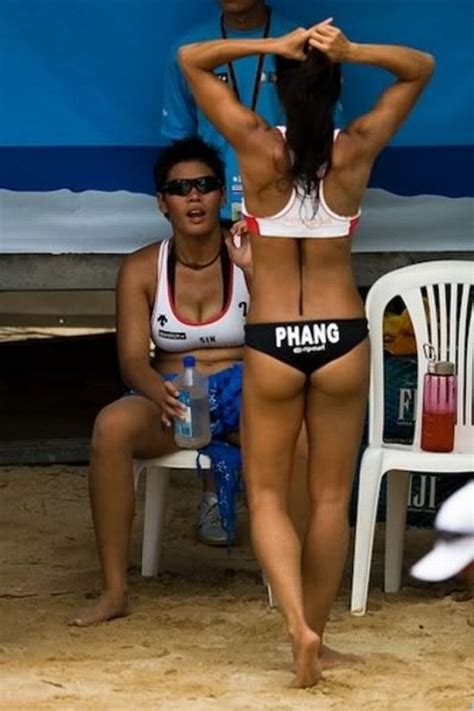 hot sports girls hottest female sports uniforms 60 pics