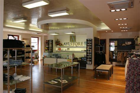negozi arredamento lombardia arredamento negozio abbigliamento usato lombardia