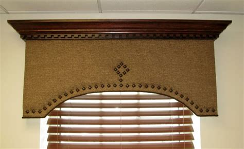Crown Cornice Everyday Artist Cornices With Crown Molding
