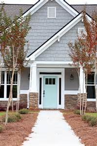 Exterior Paint Selector - remodelaholic exterior paint colors that add curb appeal