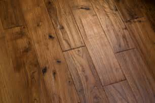 What Is Laminate Wood Flooring Laminate Wood Floor Installation Contractor Quotes