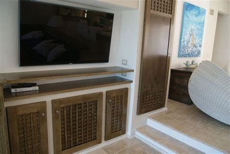 verniciatura mobili casa in gallura sardegna