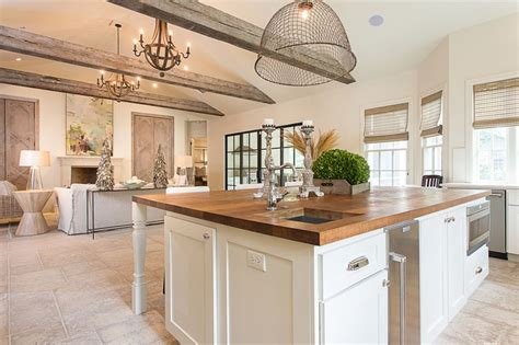 Open Floor Plan Color Schemes debate modern luxury or classic country chic