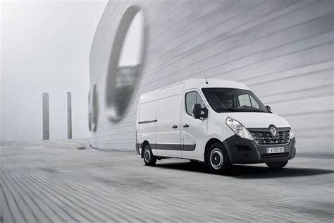 renault master ze electric panel van preview large panel vans