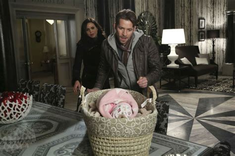 Once Upon A Time Baby Once Upon A Time 5x21 Review A Broken Kingdom